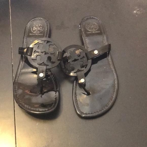 af137944c Black Glossy Tory Burch Sandals. M 5b0070c06bf5a6627b44107c